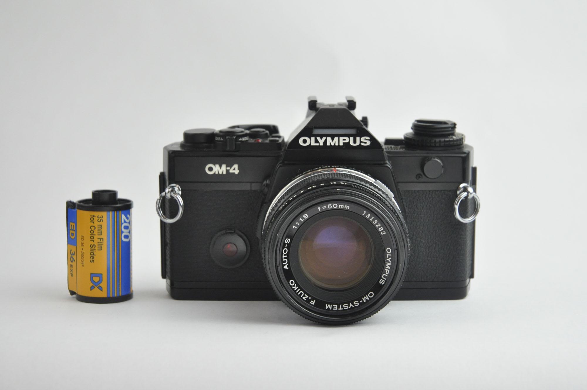 OLYMPUS OM-4 + 50mm F1.8