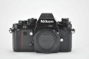 Nikon F3 (モルト新品交換済み)
