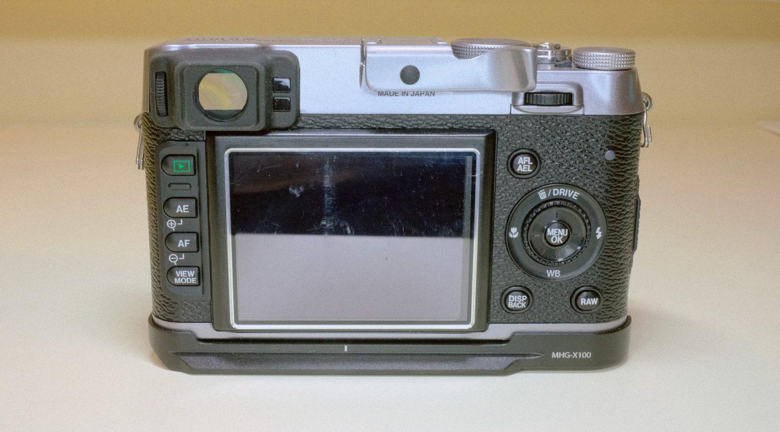 FUJIFILM X100  SN:11002147