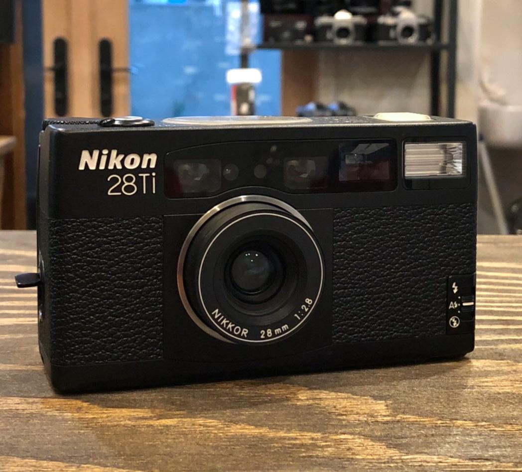 Nikon 28Ti [ブラック][ケース付]