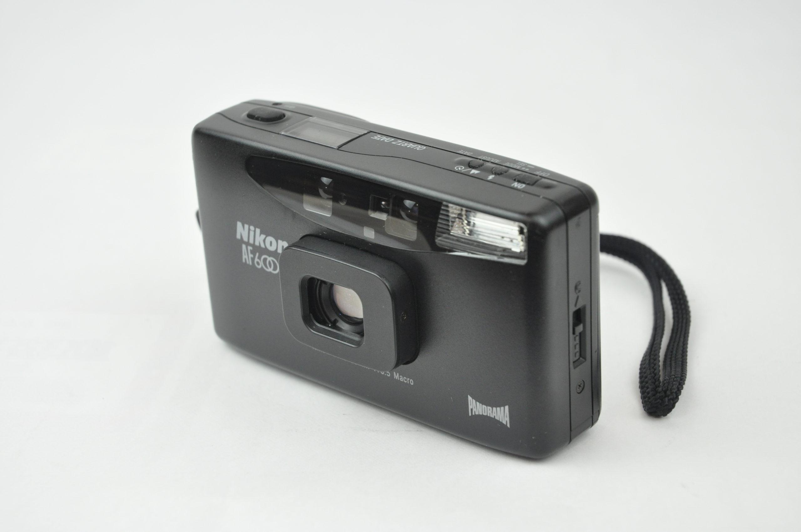 Nikon AF600 QUARTZ DATE